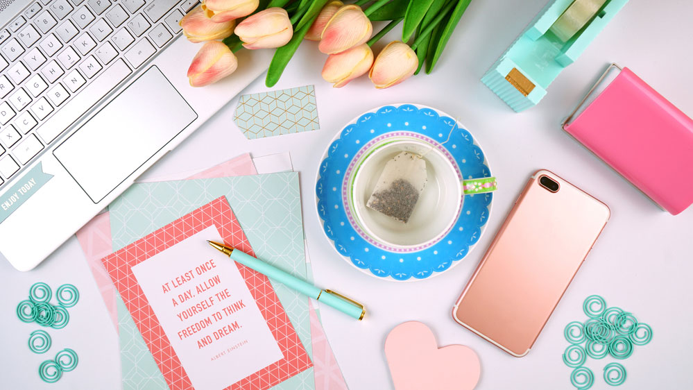 desk items in a flatlay