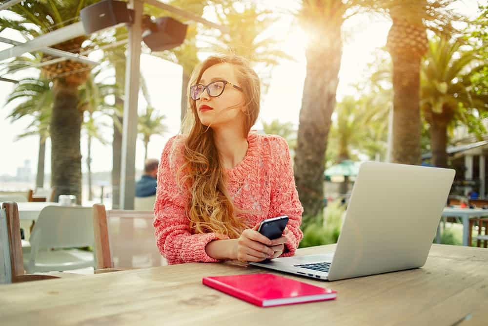 blogging vs youtube - lady thinking