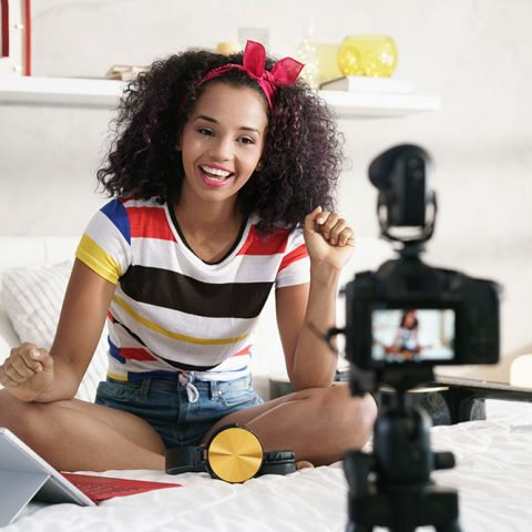 Blogging vs Youtube: How to Decide Which to Choose