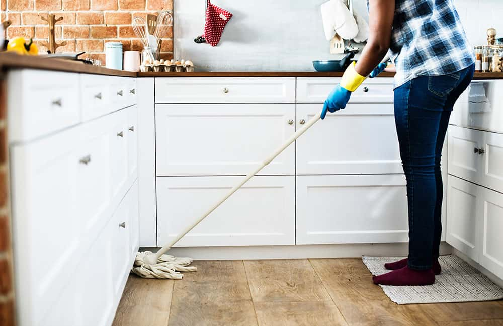keeping floors clean mopping